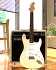 ギターとアンプ(パース風仕上げ)